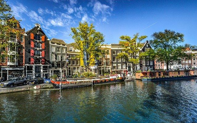 budovy v Amsterdamu