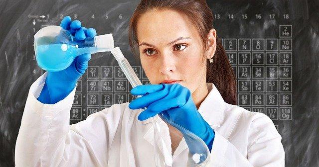 laboratorní zkoumání