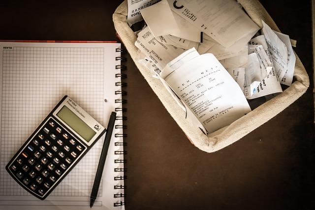 kalkulačka, blok a účty