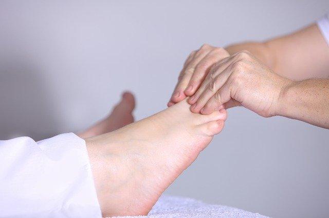 masáž chodidel